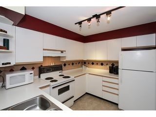 "Photo 7: 303 3505 W BROADWAY in Vancouver: Kitsilano Condo for sale in ""COLLINGWOOD PLACE"" (Vancouver West)  : MLS®# R2086967"