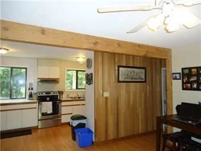 "Photo 9: 2259 GAIL Road: Roberts Creek House for sale in ""ROBERTS CREEK"" (Sunshine Coast)  : MLS®# R2088864"
