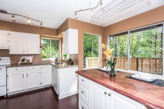 Photo 7: 3009 DELAHAYE Drive in Coquitlam: Canyon Springs House for sale : MLS®# R2108746