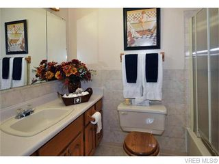 Photo 14: 9251 Lochside Dr in NORTH SAANICH: NS Bazan Bay House for sale (North Saanich)  : MLS®# 742673