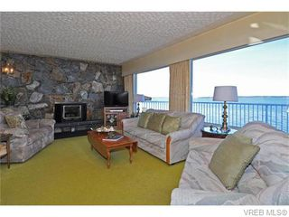 Photo 5: 9251 Lochside Dr in NORTH SAANICH: NS Bazan Bay House for sale (North Saanich)  : MLS®# 742673
