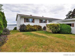 Photo 15: 9251 Lochside Dr in NORTH SAANICH: NS Bazan Bay House for sale (North Saanich)  : MLS®# 742673