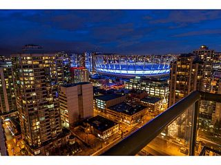 "Photo 2: 2604 977 MAINLAND Street in Vancouver: Yaletown Condo for sale in ""YALETOWN PARK III"" (Vancouver West)  : MLS®# R2122379"