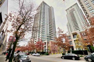 "Photo 4: 2604 977 MAINLAND Street in Vancouver: Yaletown Condo for sale in ""YALETOWN PARK III"" (Vancouver West)  : MLS®# R2122379"