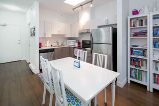 """Photo 7: 403 5692 KINGS Road in Vancouver: University VW Condo for sale in """"O'KEEFE"""" (Vancouver West)  : MLS®# R2124954"""