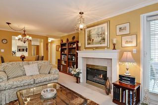 "Photo 8: 312 15350 19A Avenue in Surrey: King George Corridor Condo for sale in ""STRATFORD GARDENS"" (South Surrey White Rock)  : MLS®# R2126708"