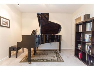 Photo 14: 402 1501 Richmond Ave in VICTORIA: Vi Jubilee Condo for sale (Victoria)  : MLS®# 748185