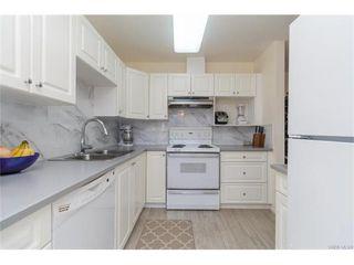 Photo 7: 402 1501 Richmond Ave in VICTORIA: Vi Jubilee Condo for sale (Victoria)  : MLS®# 748185