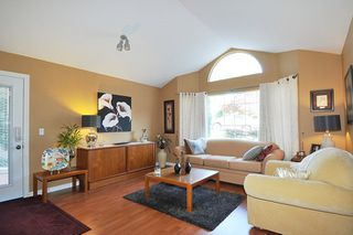 Photo 2: 1953 EUREKA Avenue in Port Coquitlam: Citadel PQ House for sale : MLS®# R2131941