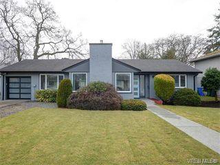 Photo 1: 2111 Kings Road in VICTORIA: OB Henderson Single Family Detached for sale (Oak Bay)  : MLS®# 374426