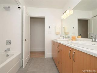 Photo 17: 2111 Kings Road in VICTORIA: OB Henderson Single Family Detached for sale (Oak Bay)  : MLS®# 374426