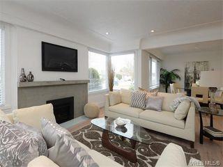 Photo 3: 2111 Kings Road in VICTORIA: OB Henderson Single Family Detached for sale (Oak Bay)  : MLS®# 374426