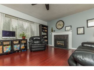 "Photo 4: 32029 7TH Avenue in Mission: Mission BC House for sale in ""West Heights"" : MLS®# R2150554"