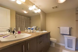 "Photo 11: 302 3105 LINCOLN Avenue in Coquitlam: New Horizons Condo for sale in ""WINDSOR GATE BY POLYGON"" : MLS®# R2154112"