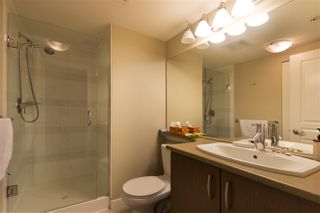 "Photo 13: 302 3105 LINCOLN Avenue in Coquitlam: New Horizons Condo for sale in ""WINDSOR GATE BY POLYGON"" : MLS®# R2154112"