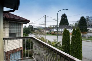 Photo 13: 5865 SPROTT Street in Burnaby: Central BN House 1/2 Duplex for sale (Burnaby North)  : MLS®# R2160305