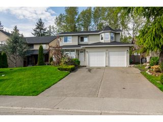 Photo 1: 18253 57A Avenue in Surrey: Cloverdale BC House for sale (Cloverdale)  : MLS®# R2163180