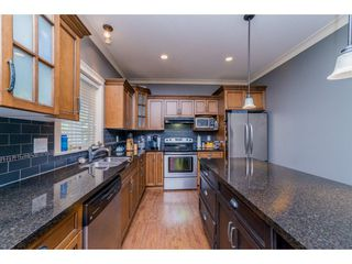 Photo 10: 32982 CHERRY Avenue in Mission: Mission BC House for sale : MLS®# R2169700