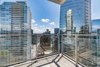"Photo 14: 2706 1077 W CORDOVA Street in Vancouver: Coal Harbour Condo for sale in ""SHAW TOWER"" (Vancouver West)  : MLS®# R2173545"