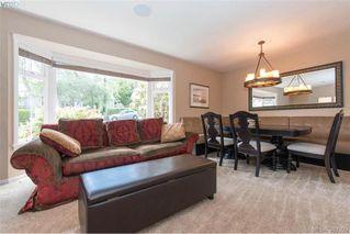 Photo 5: 620 Normanton Court in VICTORIA: Vi Fairfield East Single Family Detached for sale (Victoria)  : MLS®# 380205