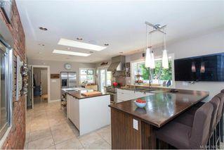 Photo 11: 620 Normanton Court in VICTORIA: Vi Fairfield East Single Family Detached for sale (Victoria)  : MLS®# 380205