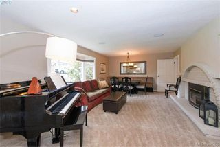 Photo 6: 620 Normanton Court in VICTORIA: Vi Fairfield East Single Family Detached for sale (Victoria)  : MLS®# 380205