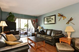 """Photo 7: 3 14223 18A Avenue in Surrey: Sunnyside Park Surrey Townhouse for sale in """"SUNHILL GARDENS"""" (South Surrey White Rock)  : MLS®# R2186905"""