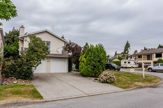 Photo 2: 1948 LEACOCK Street in Port Coquitlam: Lower Mary Hill House for sale : MLS®# R2197641