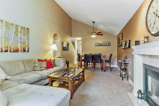 """Photo 4: 63 9045 WALNUT GROVE Drive in Langley: Walnut Grove Townhouse for sale in """"BRIDLEWOODS"""" : MLS®# R2200616"""