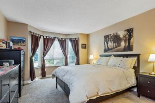 """Photo 8: 63 9045 WALNUT GROVE Drive in Langley: Walnut Grove Townhouse for sale in """"BRIDLEWOODS"""" : MLS®# R2200616"""