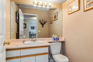 """Photo 12: 63 9045 WALNUT GROVE Drive in Langley: Walnut Grove Townhouse for sale in """"BRIDLEWOODS"""" : MLS®# R2200616"""