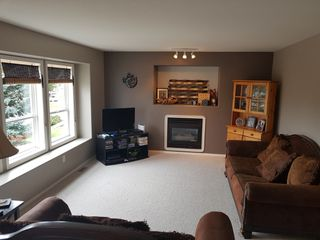Photo 2: 141 Castle Tower Drive in Kamloops: Sahali House for sale : MLS®# 143113