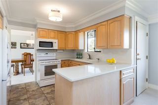 Photo 5: 8100 BURNFIELD Crescent in Burnaby: Burnaby Lake House for sale (Burnaby South)  : MLS®# R2221647