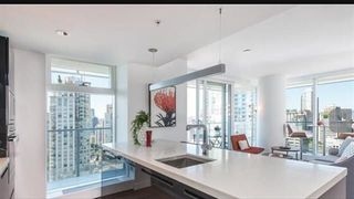 "Photo 3: 3001 777 RICHARDS Street in Vancouver: Downtown VW Condo for sale in ""TELUS GARDENS"" (Vancouver West)  : MLS®# R2231347"