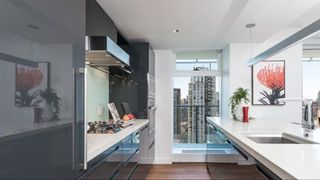 """Photo 1: 3001 777 RICHARDS Street in Vancouver: Downtown VW Condo for sale in """"TELUS GARDENS"""" (Vancouver West)  : MLS®# R2231347"""