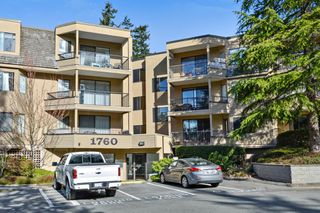 "Photo 2: 115 1760 SOUTHMERE Crescent in Surrey: Sunnyside Park Surrey Condo for sale in ""CAPSTAN WAY"" (South Surrey White Rock)  : MLS®# R2248455"