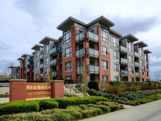 "Photo 1: 419 7058 14TH Avenue in Burnaby: Edmonds BE Condo for sale in ""RedBrick"" (Burnaby East)  : MLS®# R2258625"