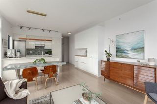 """Photo 8: 515 2788 PRINCE EDWARD Street in Vancouver: Mount Pleasant VE Condo for sale in """"UPTOWN"""" (Vancouver East)  : MLS®# R2304372"""