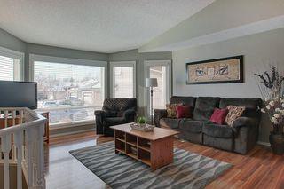 Photo 3: 84 DOUGLAS SHORE Close SE in Calgary: Douglasdale/Glen Detached for sale : MLS®# C4215893
