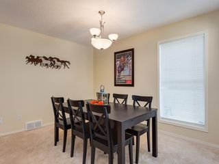 Photo 4: 139 WENTWORTH Circle SW in Calgary: West Springs Detached for sale : MLS®# C4215980