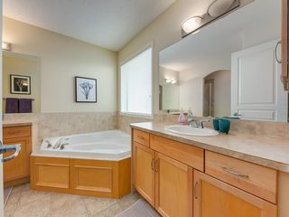 Photo 23: 139 WENTWORTH Circle SW in Calgary: West Springs Detached for sale : MLS®# C4215980