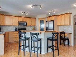 Photo 8: 139 WENTWORTH Circle SW in Calgary: West Springs Detached for sale : MLS®# C4215980