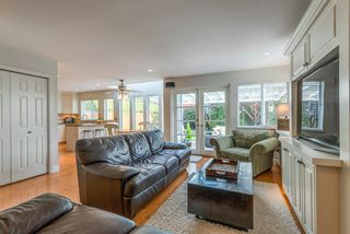 Photo 12: 4020 SHONE Road in North Vancouver: Indian River House for sale : MLS®# R2322704
