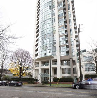 "Main Photo: 503 907 BEACH Avenue in Vancouver: Yaletown Condo for sale in ""CORAL COURT"" (Vancouver West)  : MLS®# R2324588"