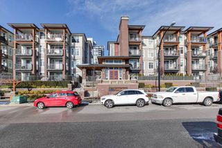 """Main Photo: 2408 963 CHARLAND Avenue in Coquitlam: Central Coquitlam Condo for sale in """"CHARLAND"""" : MLS®# R2337820"""