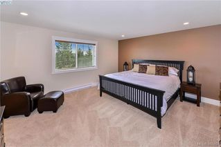 Photo 14: 942 Arngask Avenue in VICTORIA: La Bear Mountain Single Family Detached for sale (Langford)  : MLS®# 405897
