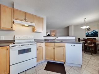 Photo 5: 138 PROMENADE Way SE in Calgary: McKenzie Towne Row/Townhouse for sale : MLS®# C4228502