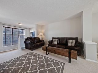 Photo 11: 138 PROMENADE Way SE in Calgary: McKenzie Towne Row/Townhouse for sale : MLS®# C4228502