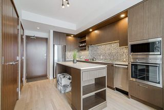 """Photo 12: 4903 13495 CENTRAL Avenue in Surrey: Whalley Condo for sale in """"RESIDENCES AT 3 CIVIC PLAZA"""" (North Surrey)  : MLS®# R2346574"""