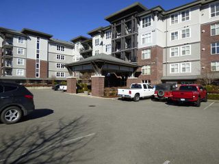 "Photo 2: 310 45645 KNIGHT Road in Sardis: Sardis West Vedder Rd Condo for sale in ""COTTON RIDGE"" : MLS®# R2350114"